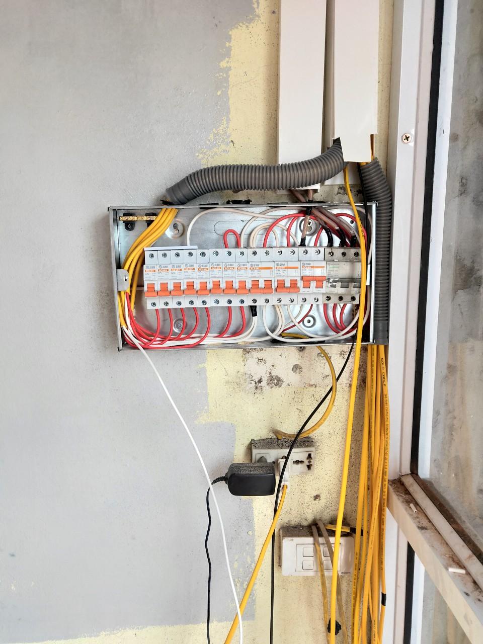 Thợ Sửa Điện Nước Tại Hà Nội – Thợ Giỏi 100K – 15P có mặt ngay